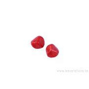 Perle en verre dissymétrique (osselet) - corail