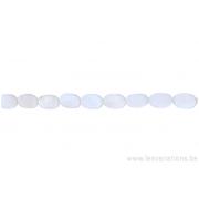 Perle en nacre - ovale - blanc nacré