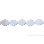 Perle en nacre - ovale - blanc nacré x 2