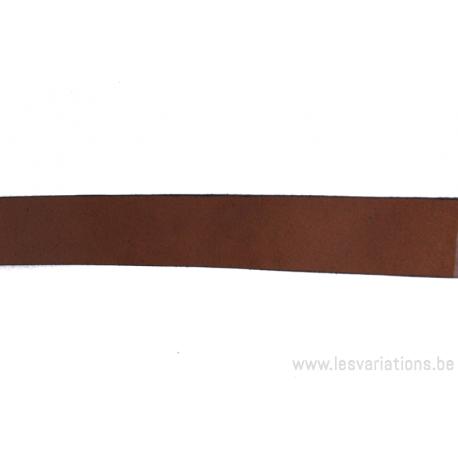Cordon cuir plat - 20mm - brun - par 25 cm