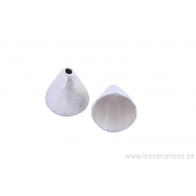 Coupole en forme de cône - en métal argenté brossé x10
