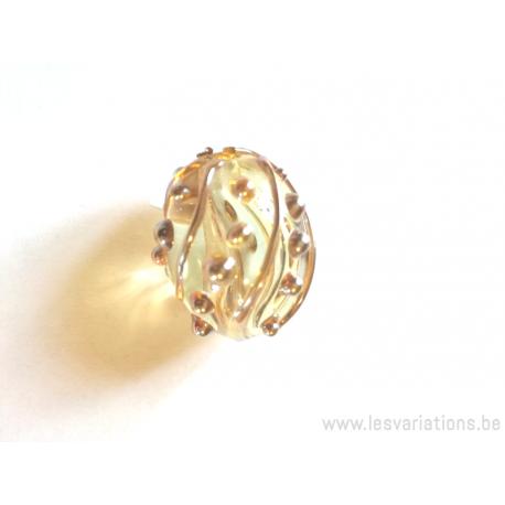 """Perle ovale en verre """"golden magic"""" gothique"""