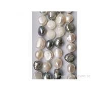 Long fil de perles de culture - grain de riz - blanc nacré / gris clair