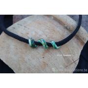 Collier de verre les spirales - différents verts