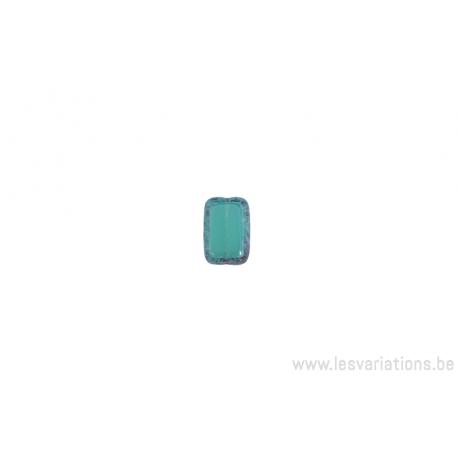perle en verre rectangulaire - vert côté arrondi - tranche moucheté gris