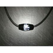 Collier d'artisan perle noire et blanche