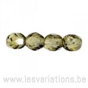 Perle en verre à facettes vert x10