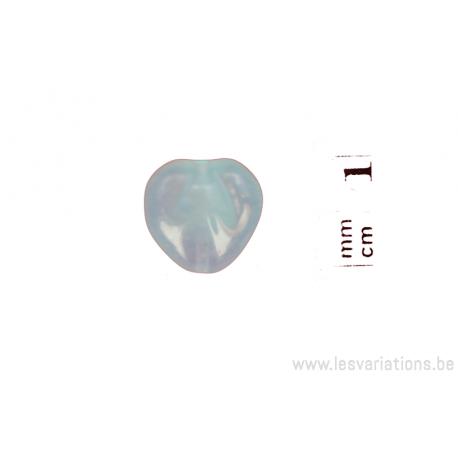 Perle en forme de cœur - bleu clair