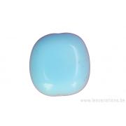 Perle en verre carrée plate - bleu clair