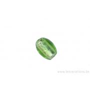 Perle en verre ovale - vert pomme -feuille d'argent