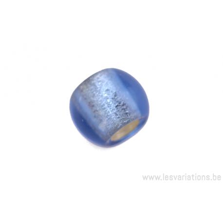 Perle en verre cylindrique - bleu - feuille d'argent