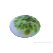 Perle en verre d'artisan -ronde en forme de roue - blanc - nuage de différents verts